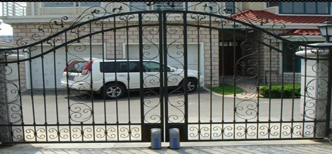 家安防盗窗加工门窗护栏加工铁艺护栏加工